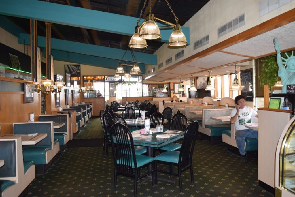 Liberty diners in Fort Wayne
